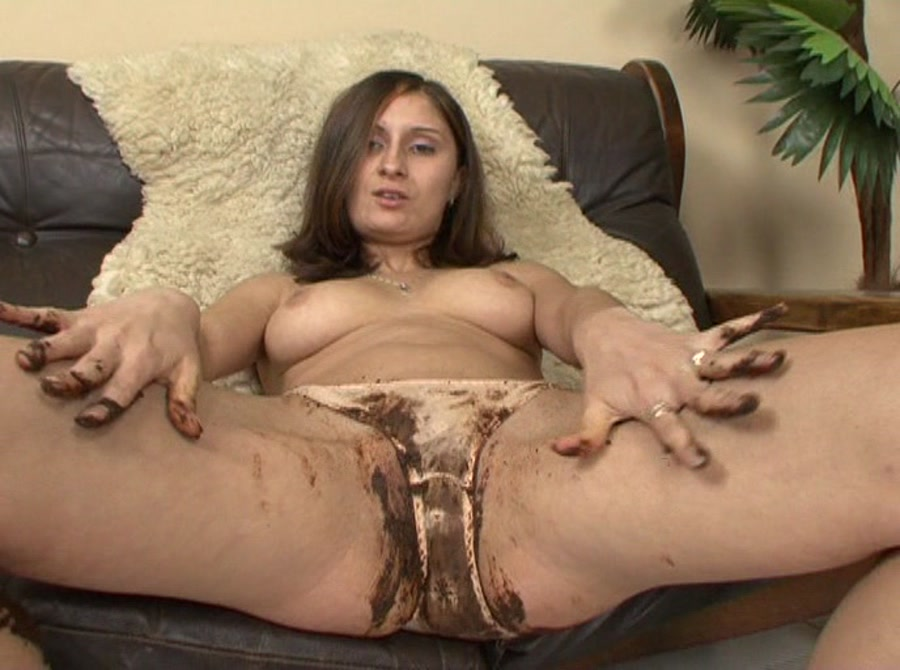 Girl DVDRip Street & Panty Kaviar 11 [Scat, Germany, Fouling, Soiling, Clyster, Lavement, Piles, Farting, Poop, Defecation, Extreme Scat]