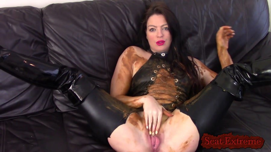 Evamarie88 FullHD 1080p Messy Shit Smear On The Leather Couch [Big Farting Girls, Poop Videos, Smearing, Solo]
