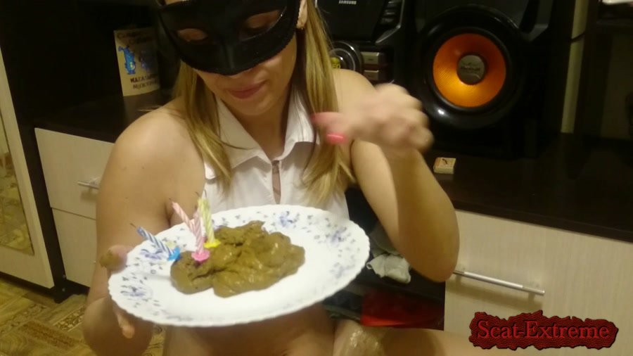 Brown wife FullHD 1080p Cake of shit [Poop Videos, Smearing, Solo, Farting, Poop, Defecation, Scatology]