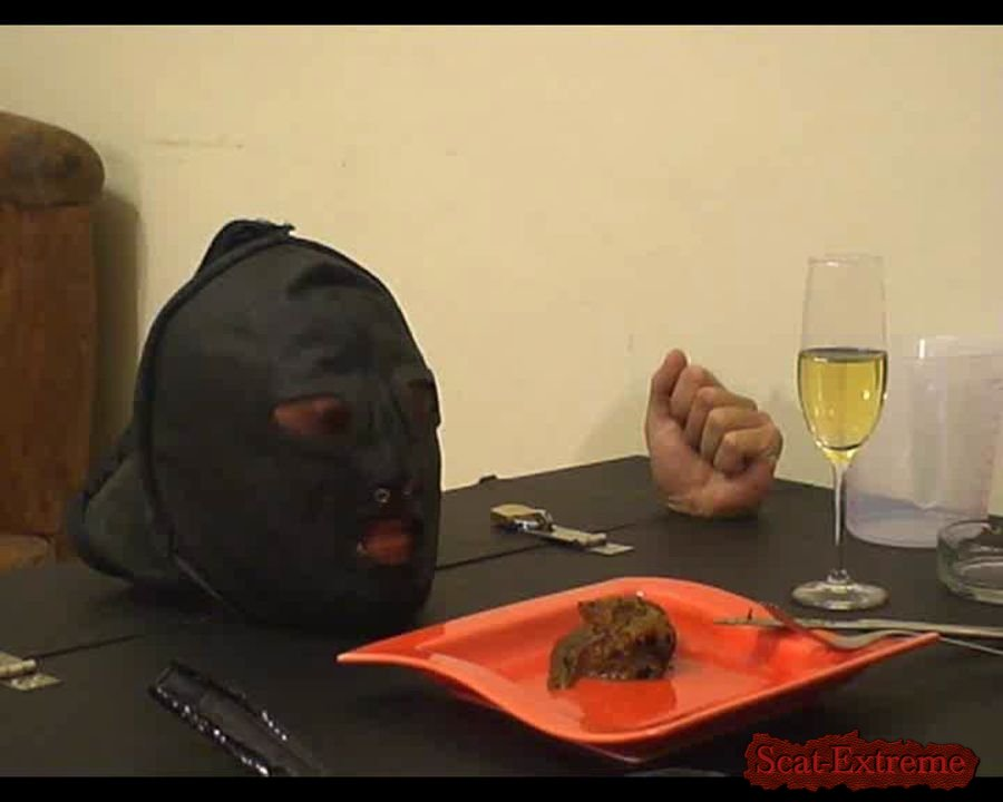 Miss Larisa SD Dinner with miss Larissa [Scat, Domination, Femdom, Pee, Germany]