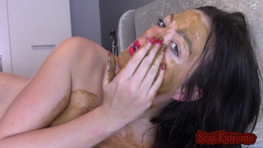 Evamarie88 FullHD 1080p Dirty Talking Scat Play [Solo, Shitting, Scatting, Masturbation, Milf]