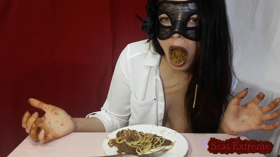 ScatLina FullHD 1080p Dirty lunch [Solo, Defecation, Extreme Scat, Scatology, Milf]