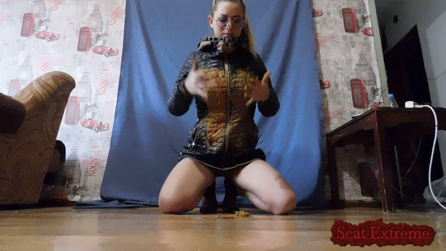 Anasteisha FullHD 1080p Decoration jacket shit [Amateur, Efro, Pooping Girls, Shitting Girls, Poop, Solo]
