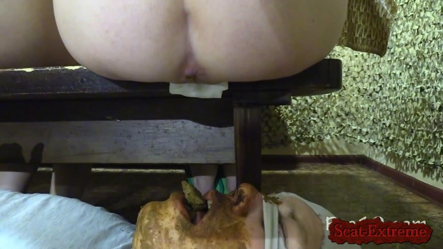 MilanaSmelly FullHD 1080p Crapping on the bench [Femdom, Shitting, Scatting, Domination, Scat Porn, Humiliation, Face Sitting]
