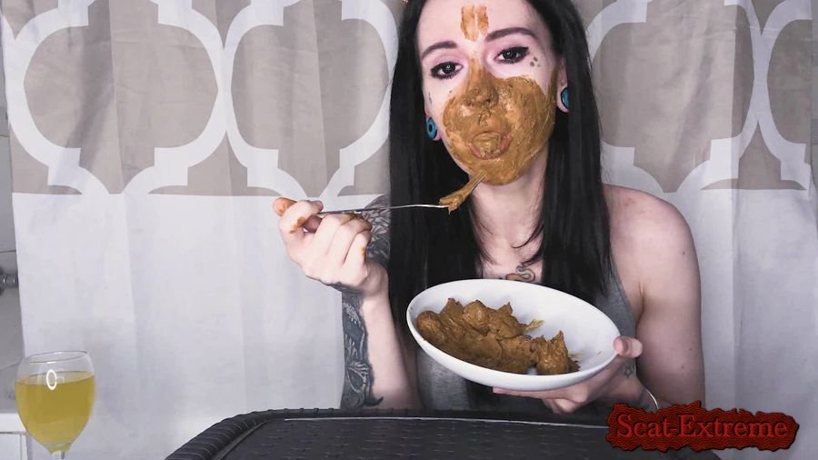 DirtyBetty FullHD 1080p Real Scat Breakfast [Solo, Shitting, Scatting, Eating, Teen]