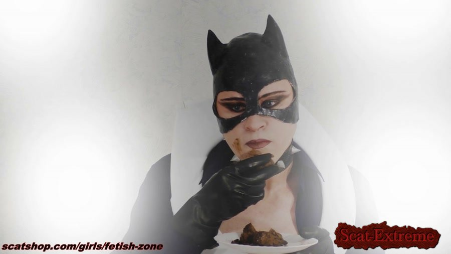 Fetish-zone FullHD 1080p Catwoman smears and swallows [Poop, Defecation, Scatology, Solo, Cat, Boobs]