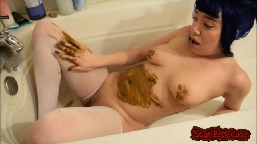 Little Puck HD 720p Alternative girl with a nice body smearing shit [Solo, Shitting, Scatting, Masturbation, Asian]