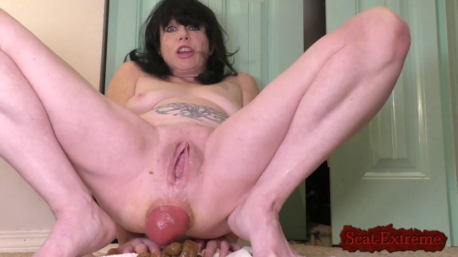 dirtygardengirl FullHD 1080p Poop Out and In Again [Solo, Shitting, Scatting, Fisting, Milf]