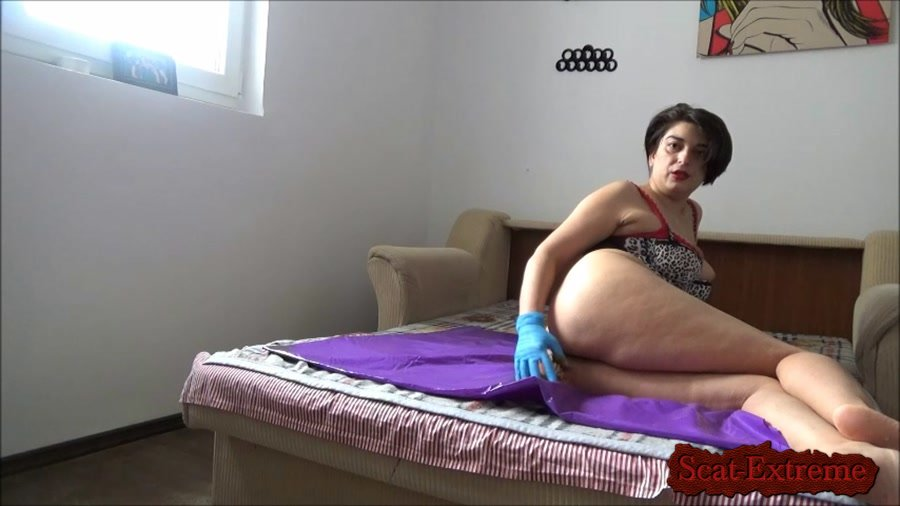 Mistress Roberta FullHD 1080p Poop inside leather pants pov - Mistress Roberta – Lazy breakfast with teasing pov [Solo, Shitting, Masturbation, Dildo, Toys, Amateur]