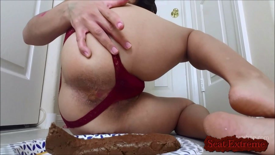 ShitGirl FullHD 1080p Perfectly Smooth Poop to slide down your throat [Shitting, Enema, Solo, Female Desperation, Smelling, Dirty Talking, Anal]